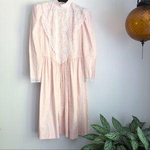 Vintage Gunne Sax floral lace long sleeve dress